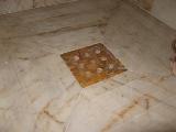 grille en marbre jaune de Sienne